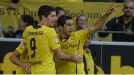 Robert Lewandowski was part of the Dortmund team that edged past Eintracht Braunschweig on Sunday.