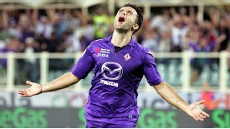 Giuseppe Rossi celebrates after giving Fiorentina the lead against Catania