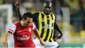 Moussa Sow in action for Fenerbahce during their Champions League qualifying defeat against Arsenal.