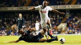 Jermain Defoe scored twice in Tottenham's 3-0 Europa League win against Dinamo Tbilisi.