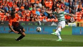 Anthony Stokes scored a late goal for Celtic against Dundee United.