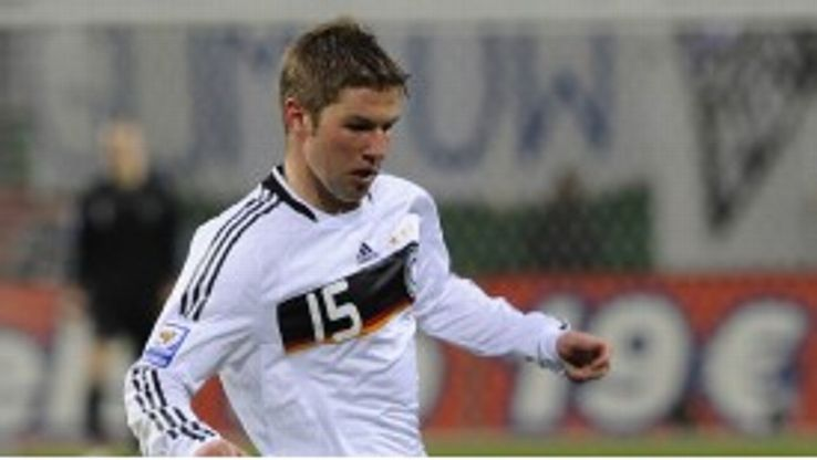 Thomas Hitzlsperger retired from football aged 31.