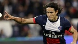 Edinson Cavani celebrates his goal for PSG.