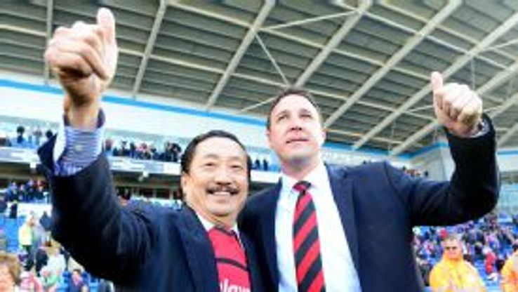 Cardiff owner Vincent Tan's running of the club has allegedly led to manager Malky Mackay considering his position.
