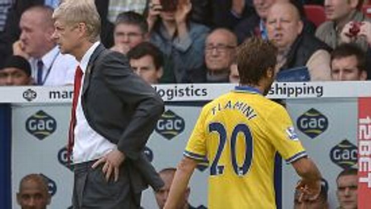 Mathieu Flamini off injured Arsenal v Palace