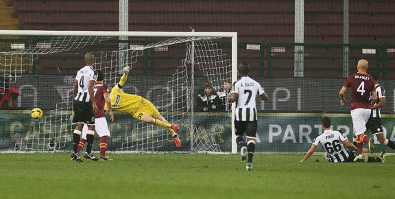 Michael Bradley fires home the winning goal for Roma.