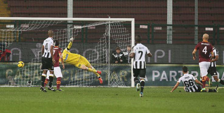 Michael Bradley fires home the winning goal for Roma.