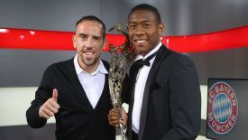 Franck Ribery presented the Austrian Sportsman of the Year award to David Alaba.