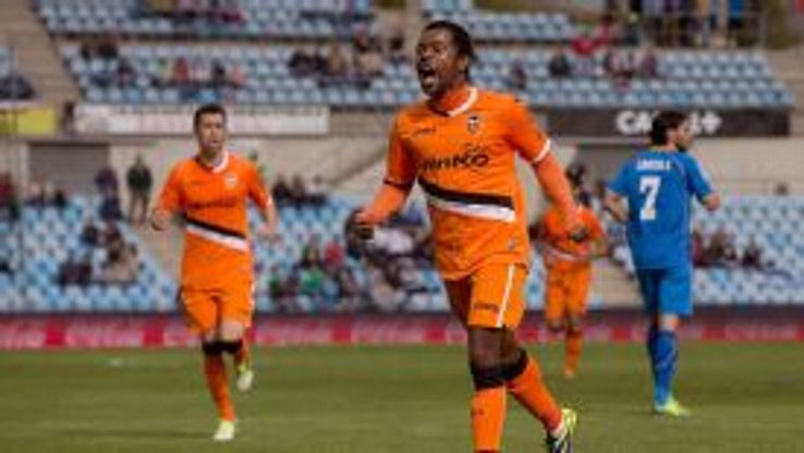 Dorlan Pabon celebrates his decisive goal for Valencia against Getafe.