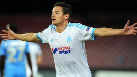 Florian Thauvin celebrates after bringing Marseille level at 2-2 in Napoli.