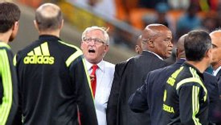 Gordon Igesund was initially unhappy with Spain wanting to introduce a seventh sub in place of Valdes.