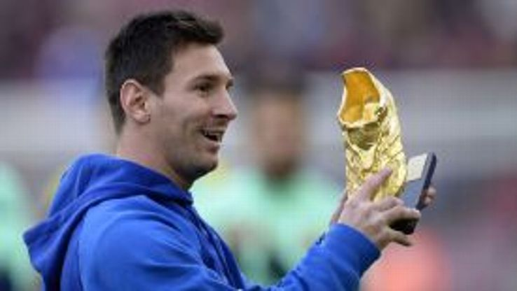 Golden Boot winner Lionel Messi hopes to return to action in early January.