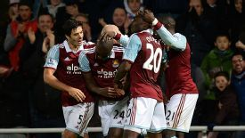 Carlton Cole wrapped up West Ham's win over struggling Fulham.