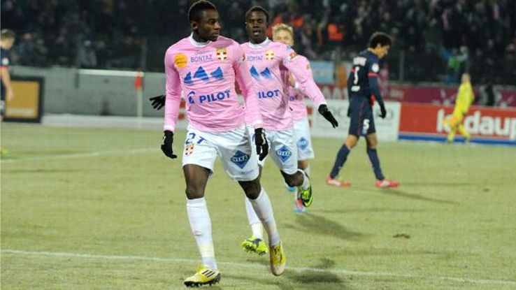 Evian secured a shock 2-0 victory against Ligue 1 leaders PSG, Clarck N'Sikulu scoring the hosts' first goal.