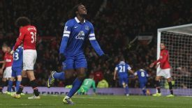 Romelu Lukaku celebrates after setting up Everton's winning goal against Manchester United.