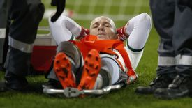 Arjen Robben suffered a knee injury on Wednesday night.