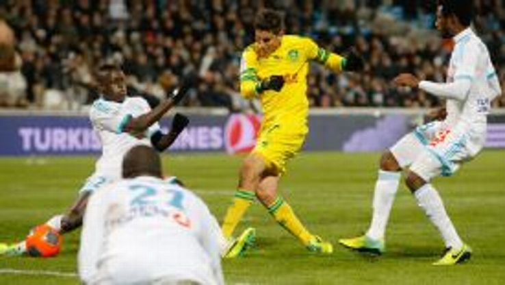 Nantes' American midfielder Alejandro Bedoya scores against Marseille.