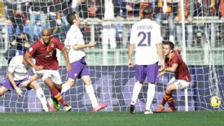 Maicon celebrates his goal for Roma.