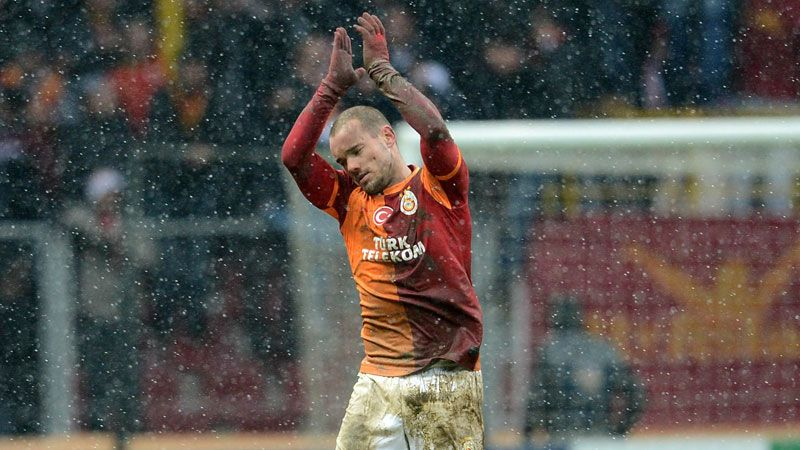 Wesley Sneijder insists he is happy at Galatasaray.