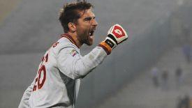 Morgan De Sanctis is confident in Roma's chances of beating champions Juventus.