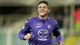 Joaquin opened the scoring for Fiorentina against Chievo.