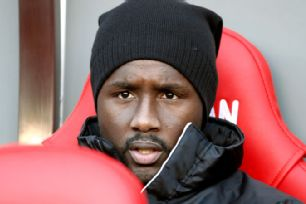 Cabral strikes a familiar pose on the Sunderland bench.
