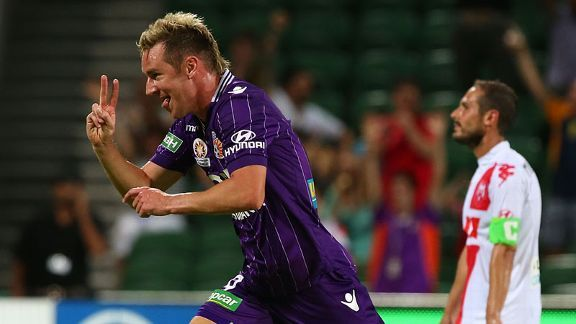 Shane Smeltz celebrates his second goal of the game.
