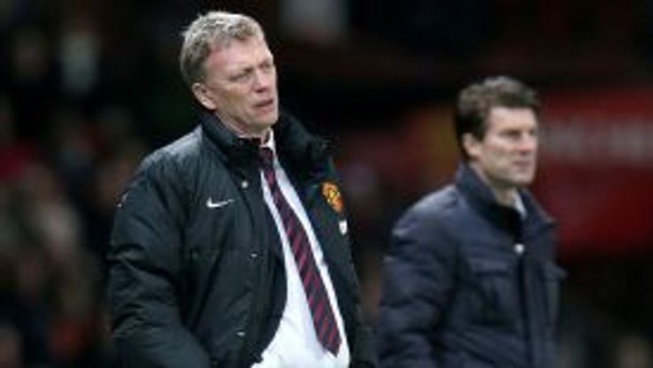 David Moyes shows his frustration, shadowed by Swansea City manager Michael Laudrup on the touchline