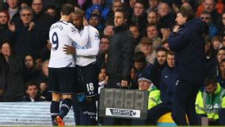 Jermain Defoe comes on for Roberto Soldado.