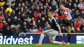 Adam Johnson fires home the equaliser for Sunderland.