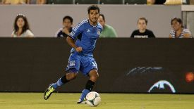 Steven Beitashour is set to join the Vancouver Whitecaps from the San Jose Earthquakes.
