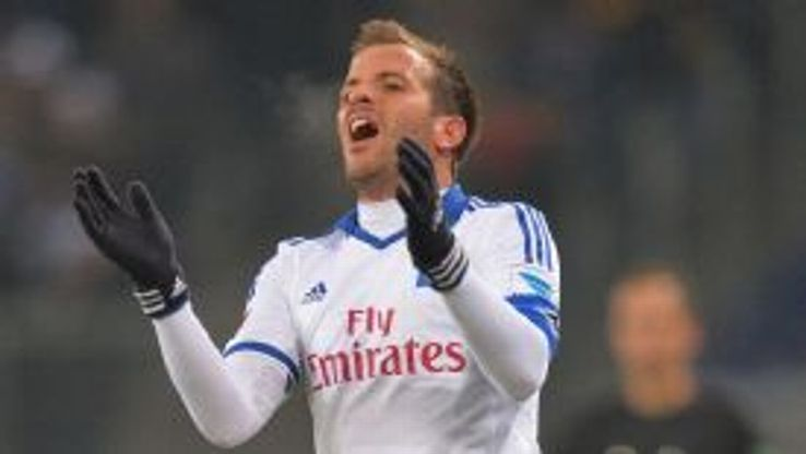 Rafael van der Vaart and Hamburg are enduring a miserable season.