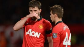 Michael Carrick scored against Fulham but his goal was only enough for a share of the points.