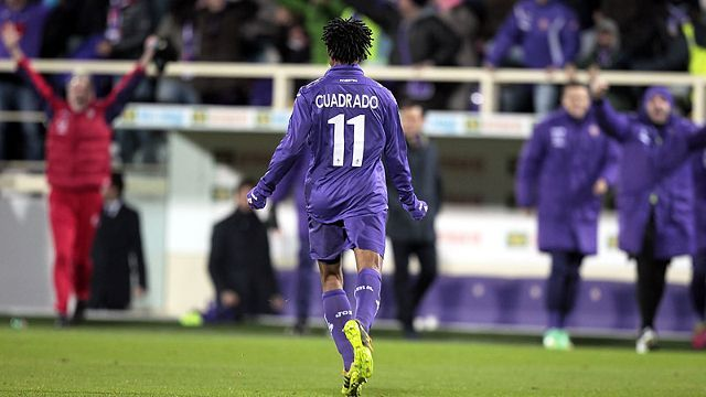 Guillermo Cuadrado celebrates after putting Fiorentina 2-0 up against Udinese.