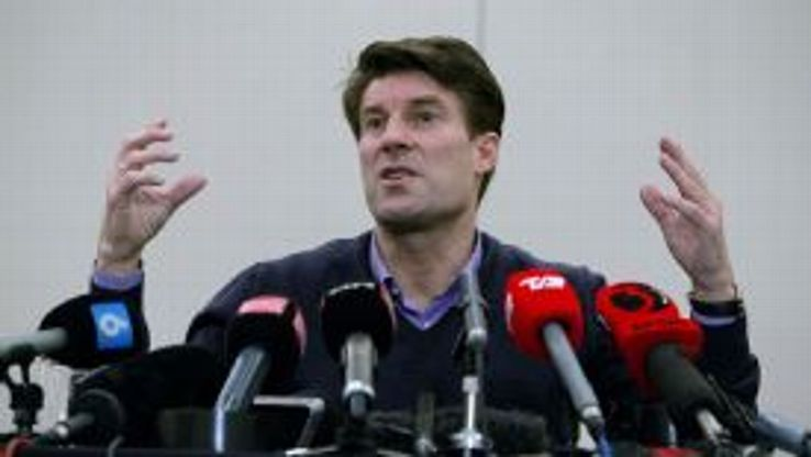 Michael Laudrup explained the details of his Swansea sacking to a news conference on Tuesday.