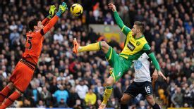 Hugo Lloris was called into action early on at Norwich.