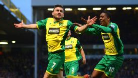 Robert Snodgrass curled home to make it 1-0 to Norwich against Spurs.