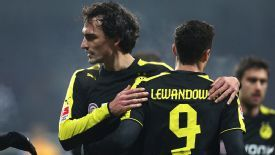 Robert Lewandowski and Mats Hummels Dortmund action