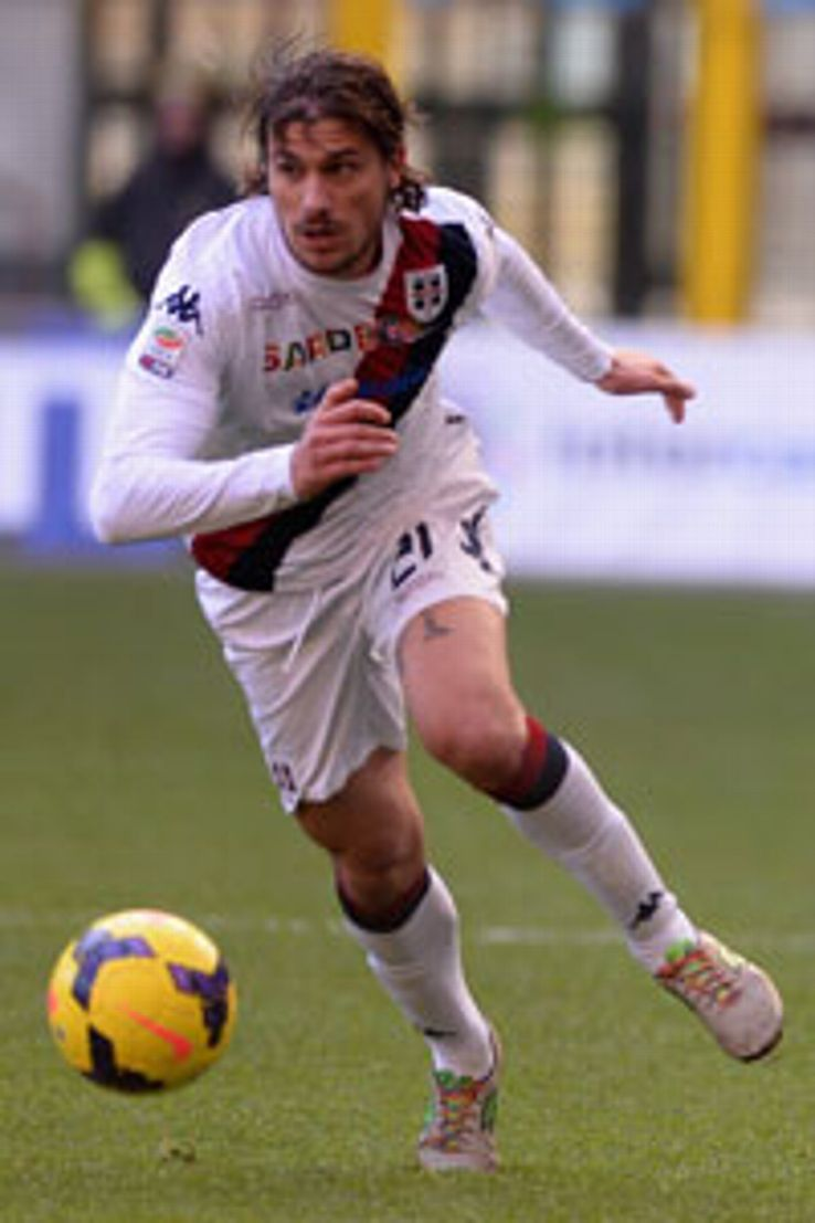 Daniele Dessena wore rainbow laces during the game against Inter.