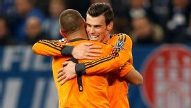 Karim Benzema and Gareth Bale claimed a brace each as Real Madrid destroyed Schalke.