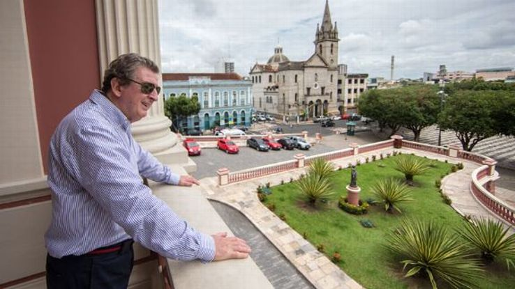 Roy Hodgson has already got to grips with what Manaus has to offer.