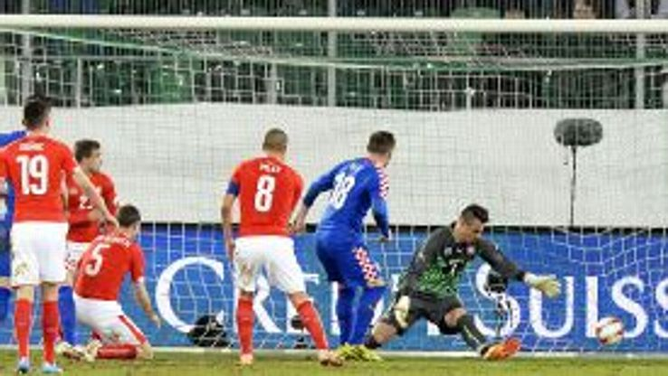 Ivica Olic earns Croatia a draw in Switzerland.