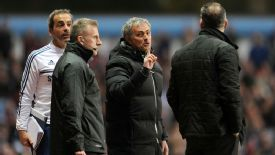 Chelsea manager Jose Mourinho and Aston Villa manager Paul Lambert have a disagreement