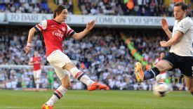 Tomas Rosicky powers a shot at goal to give Arsenal the early lead.
