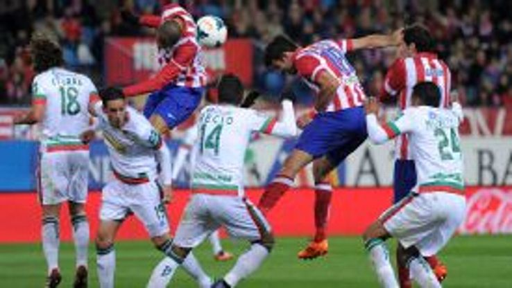 Diego Costa's 24th goal of the season gave Atletico a narrow victory, which kept them top of La Liga.