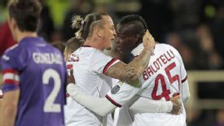 Mario Balotelli and Philippe Mexes gave AC Milan all three points against Fiorentina.