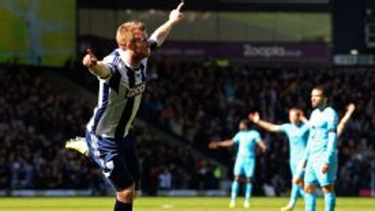 Chris Brunt celebrates for West Brom