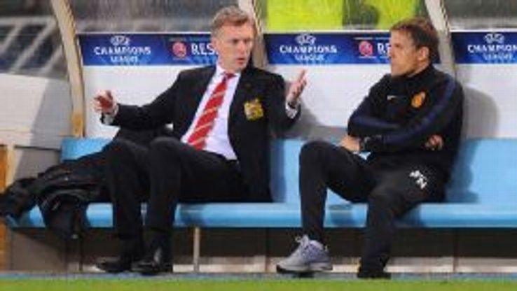 Phil Neville and David Moyes MAn Utd bench