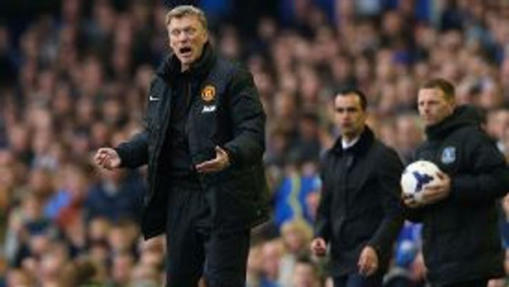 David Moyes screams at his players as Man United fall to another defeat at Everton.
