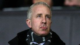 Randy Lerner continues to back Villa boss Paul Lambert.